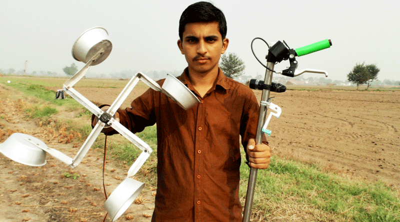 Scientist Aakash